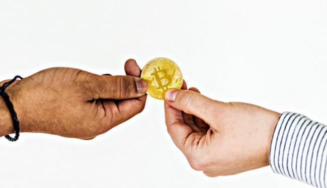 Biaya Transaksi Bitcoin dan Ether Merosot Jauh