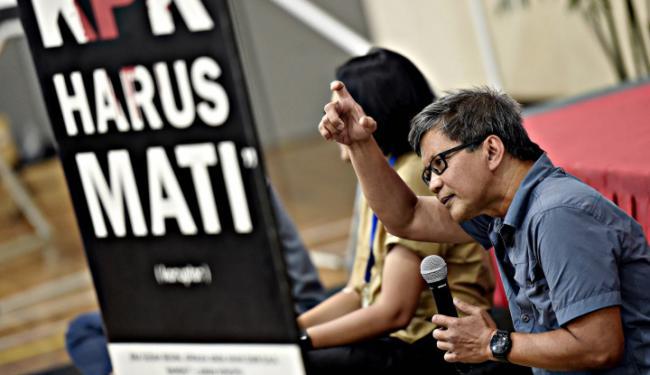 Bantah Pemerintah Represif, PDIP Kasih Bukti: Rocky Gerung Caci Maki Presiden Gak Dipenjara