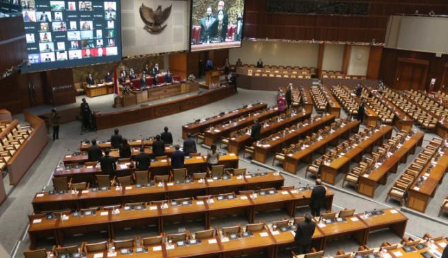 Gandeng Pemerintah, DPR Siap RUU Cipta Kerja ke Paripurna
