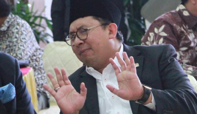 Kritikan Pedas Fadli Zon ke Jubir Jokowi Soal Penghargaan Anies