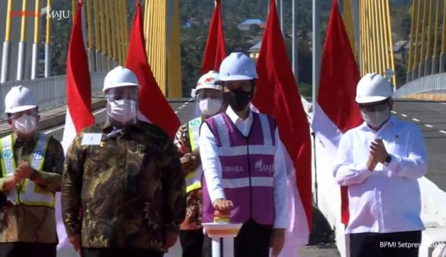 PTPP Rampungkan Pembangunan Jembatan Teluk Kendari