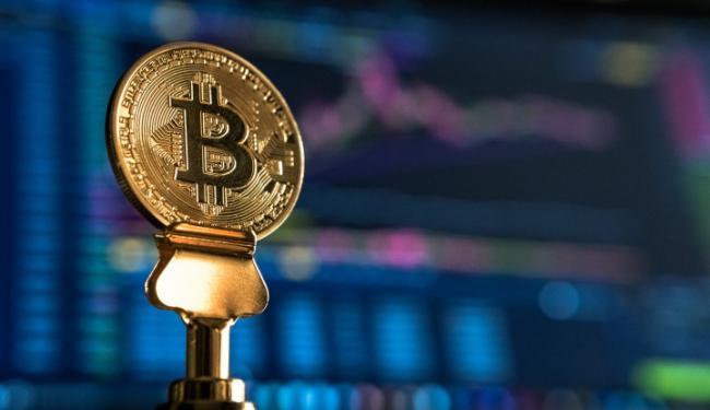 Harga Menanjak, Pengguna Pindahkan Hingga Triliunan Bitcoin