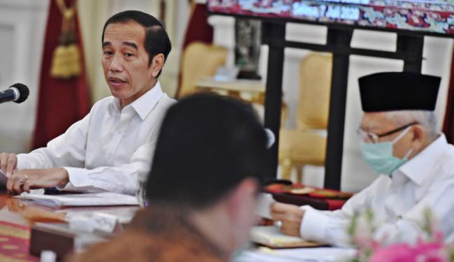 Eh Ternyata Ada Kejanggalan dalam Omnibus Law yang Sudah Diteken Jokowi