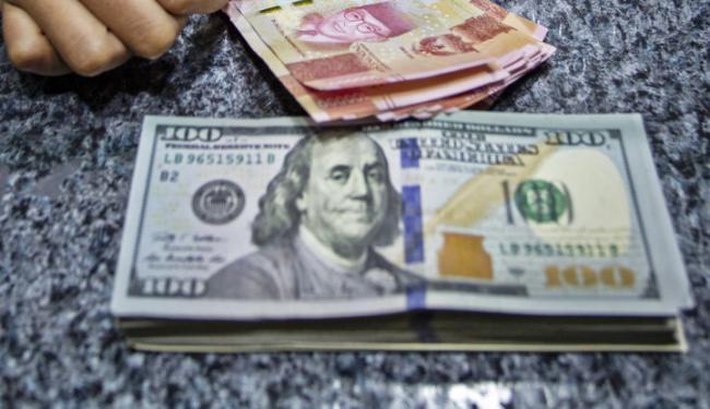 Lawan Rupiah Si Kecil-Kecil Cabe Rawit, Dolar AS Mundur Alon-Alon!