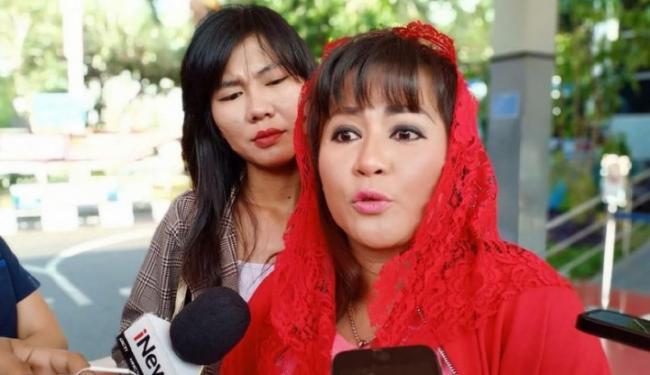 Kaitkan Omnibus Law dengan Surga, Nyai Dewi PDIP Ngatain Marissa Haque Norak!