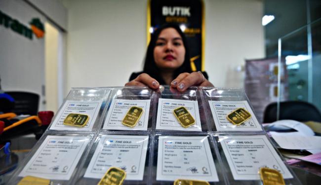 Covid-19 Kian Parah Tak Jamin Bikin Emas Cerah: Harga Emas 24 Karat Hari Ini Amblas
