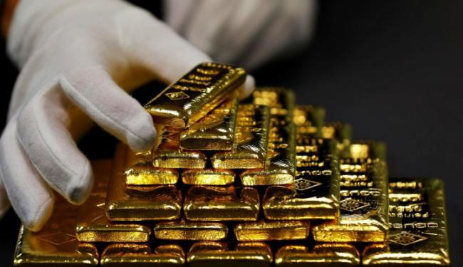 Bukan Kaleng-Kaleng, Harga Emas Hari Ini Meroket Drastis!