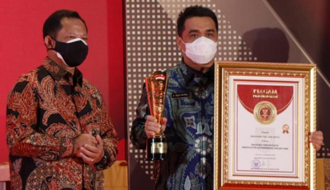 Tito Karnavian Kasih Penghargaan ke Kota Terinovatif, Termasuk ke Kotanya Bang Anies