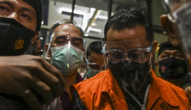 Rekam Jejak Mensos Juliari Batubara, Pengusaha yang Korupsi Bansos Covid-19