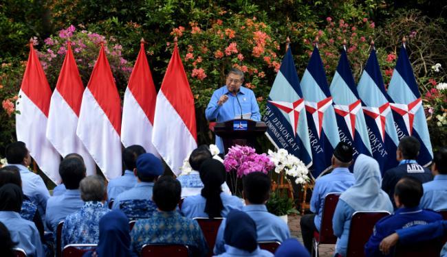 Mengancam SBY, Ferdinand Minta Demokrat Seret Rizal Ramli ke Polisi
