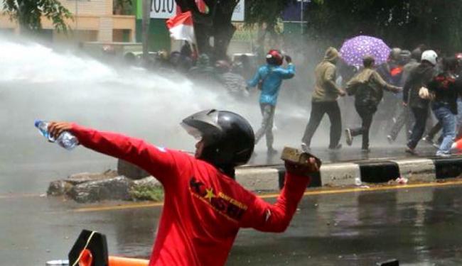 Pos Polisi Tomang Dibakar, 2 Remaja Ditangkap
